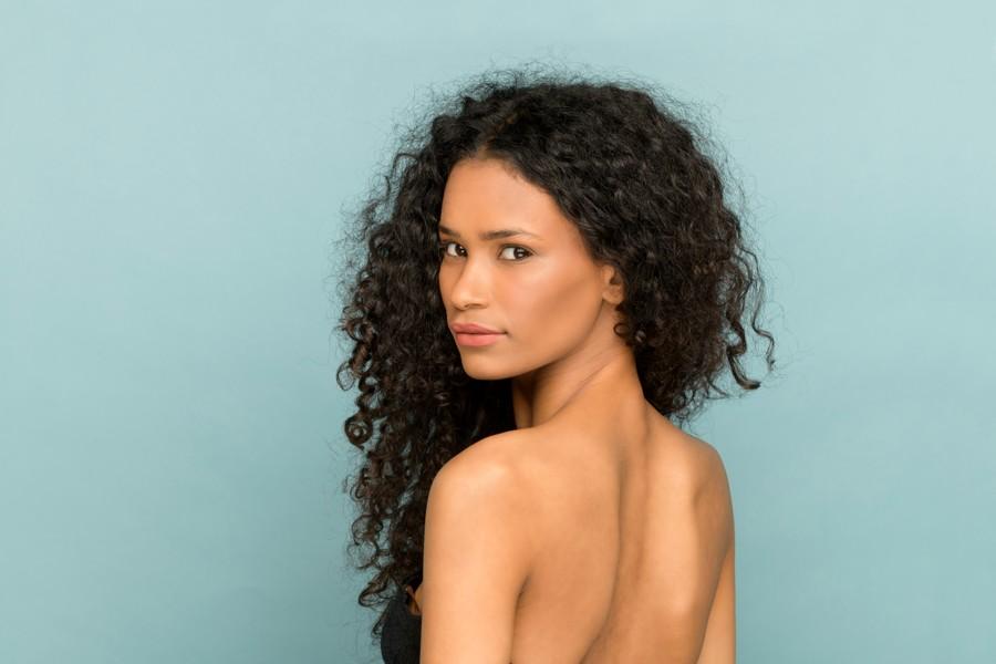 beauty portrait of a afro american woman 3ER37ER